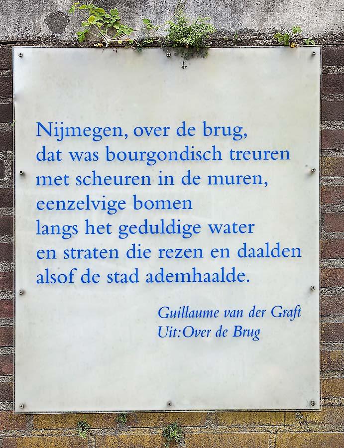 Geliefde Nijmegen, over de brug   Literaire bakens in Nijmegen #ZE74